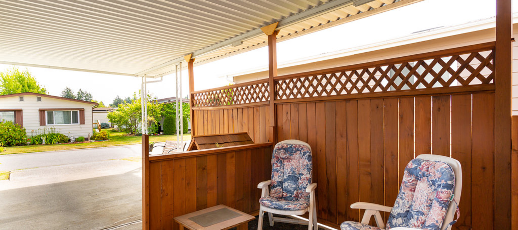 Covered Patio, Summergate Village